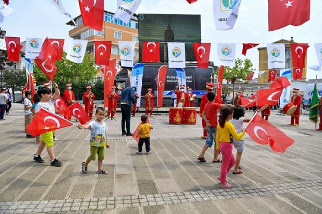 Tuzla İstanbul'un fethini mehterle kutladı!